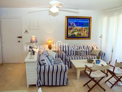 Недавно отремонтированный 2-комнатная квартира в Сотогранде Старого порта.