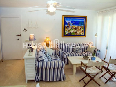 Recently refurbished 2 bedroom apartment in Sotogrande Old Port