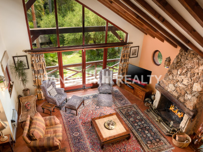 Villa in Sotogrande Alto with Tropical Garden