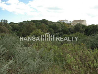 Plot for sale in Sotogrande Alto near Golf course