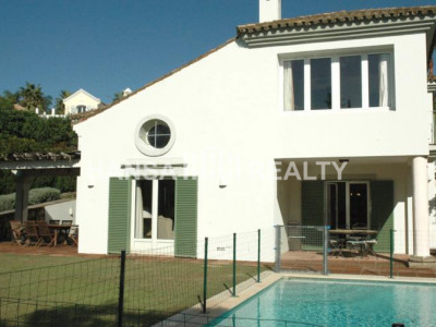 Villa in Sotogrande Alto next to the Almenara Hotel