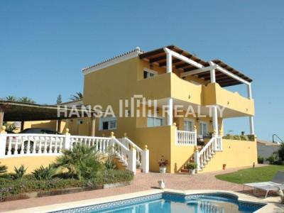 High quality home next to the Port of Sotogrande