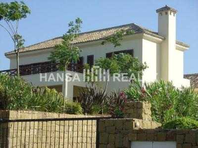 Spacious villa newly built in Sotogrande Alto
