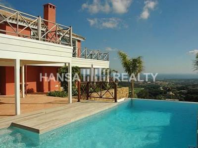 Grote villa met prachtig uitzicht in Sotogrande Alto