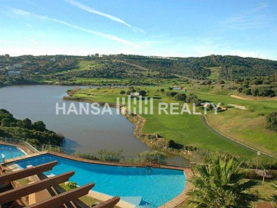 New penthouse with striking views to Almenara Golf