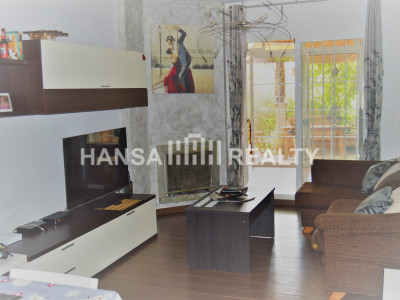 GROUND FLOOR APARTMENT WITH FIREPLACE AND LARGE GARDEN IN CALAHONDA