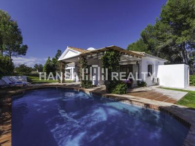 Luxury 3 bedroom villa for rent in Sotogrande Costa