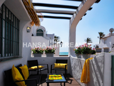 Refurbished Apartment at the Beach in Puerto de la Duquesa