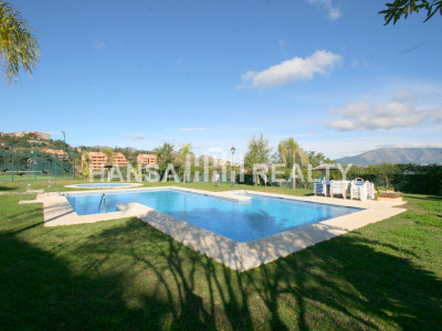 REFURBISHED APARTMENT IN LA MAIRENA