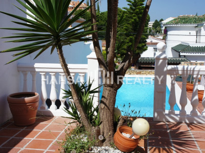WELL  LOCATED VILLA NUEVA ANDALUCIA