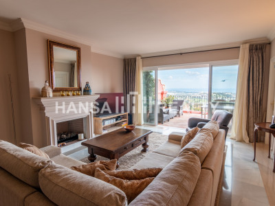 SPACIOUS INMACULATE DUPLEX PENTHOUSE BENAHAVIS