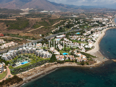 BRAND NEW FRONTLINE BEACH VIEWS ESTEPONA