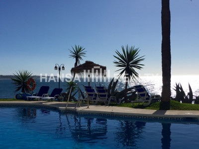 BEACHFRONT APARTMENT MIJAS COSTA