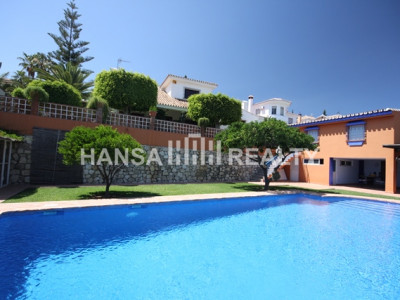 VILLA WITH POOL HOUSE AND OUTDOOR KITCHEN IN MIJAS COSTA