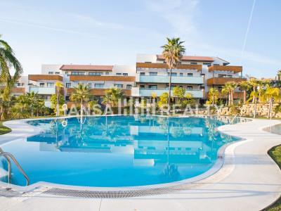 Contemporary apartments in los flamingos Golf