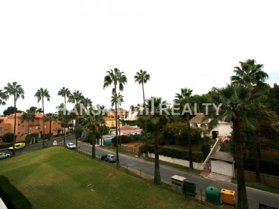 DUPLEX APARTMENT IN CARIB PLAYA, MARBELLA