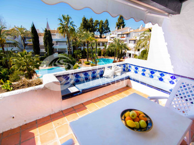 Atico en alquiler en Marbella Golden Mile