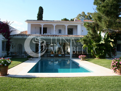 Villa for rent in Marbella Golden Mile