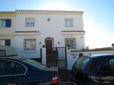Pueblo Nuevo de Guadiaro, Pueblo Nuevo Sotogrande Townhouse for sale