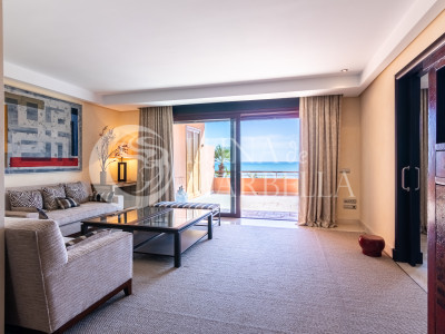 Penthouse for sale in Marbella - Puerto Banus