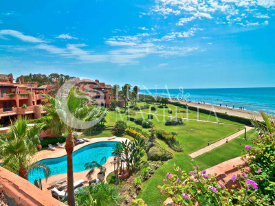 Penthouse for sale in La Morera, Marbella East