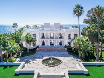 Mansion for sale in Casasola, Estepona