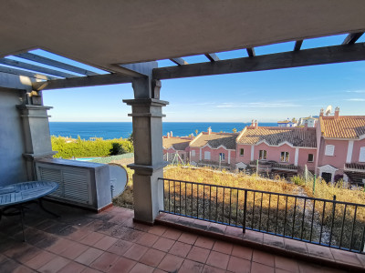 Ground Floor Apartment for sale in Alcaidesa Costa, Alcaidesa