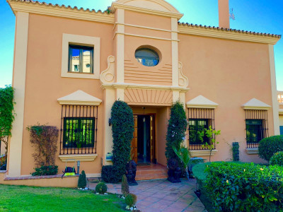 Semi Detached Villa for sale in Sotogolf, Sotogrande