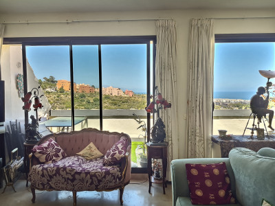 Penthouse for sale in Duquesa Village, Manilva