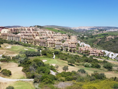 Penthouse for sale in La Duquesa Golf, Manilva