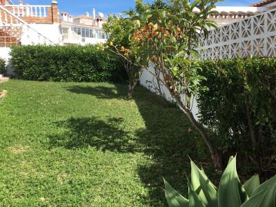 Villa for sale in Hacienda Guadalupe, Manilva