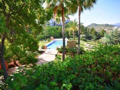 Luxury apartment for sale in La Quinta – Marbella
