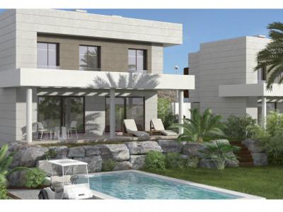 Bargain enclosed newly built first line golf modern golf villas for sale in Mijas - Costa del Sol