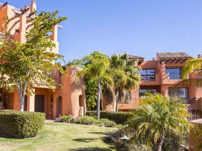 Apartment for sale on the New Golden Mile between Marbella and Estepona