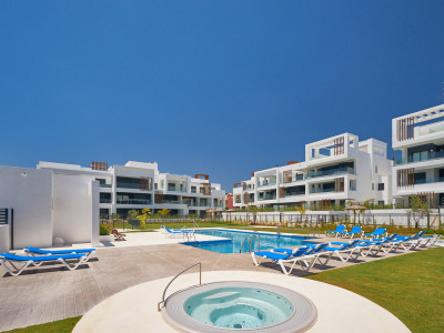 Contemporary apartment for sale in Cancelada - New Golden Mile