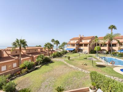 Front line beach duplex penthouse for sale in La Gaspara - Estepona West