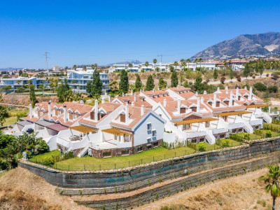 Andalusian style townhouses for sale in Reserva del Higuerón - Fuengirola