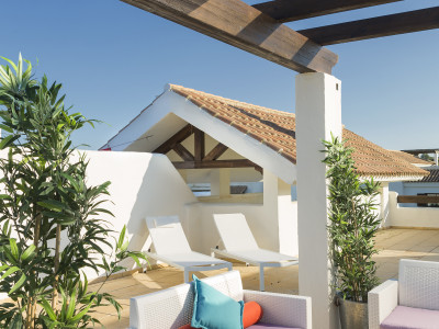 First line golf apartments for sale in La Alcaidesa on the west side of Estepona