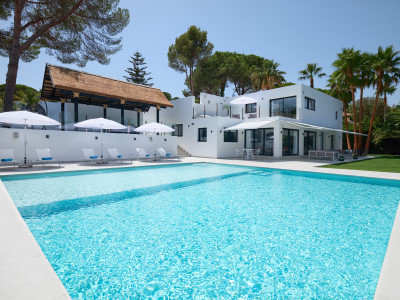 Villa in Las Brisas Country Club, Nueva Andalucia