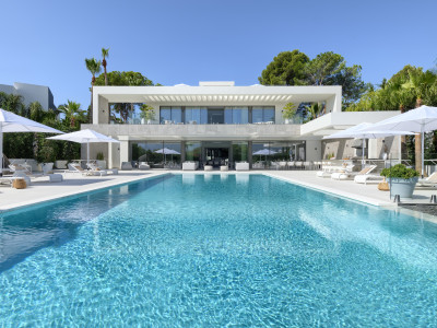 Modern style front line golf luxury mansion for sale in Las Brisas - Nueva Andalucía – Marbella