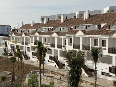 Complex of townhouses for sale in Riviera del Sol