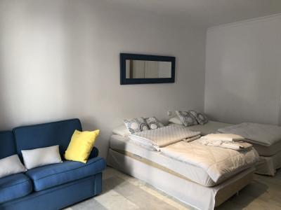Apartamento en alquiler en Playas del Duque, Marbella - Puerto Banus