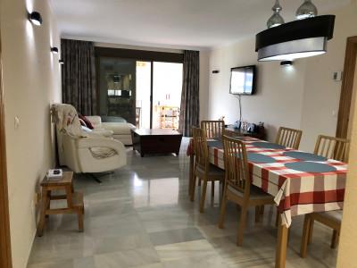Apartamento en venta en Jardines del Puerto, Marbella - Puerto Banus