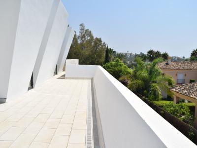Villa en alquiler en La Cerquilla, Nueva Andalucia