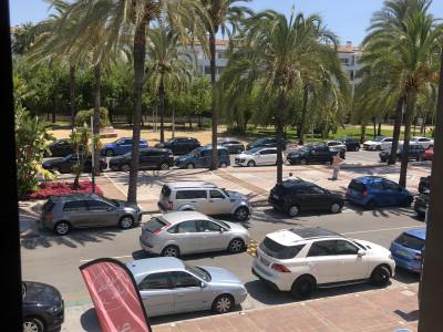 Local Comercial en venta en Marbella - Puerto Banus