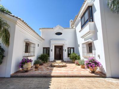 Villa en venta en Marbella Club Golf Resort, Benahavis