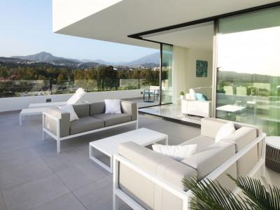 Apartamento en venta en Atalaya Golf, Estepona