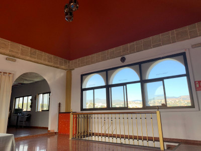 Commercial Premises  for sale in  New Golden Mile, Estepona