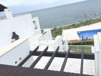 Apartment  for sale in  Sabinillas, Manilva