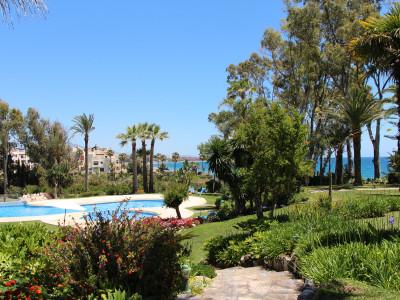 Apartment  for sale in  El Velerin, Estepona